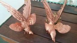 Dois galos de briga em bronze