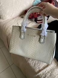 Bolsa feminina milano R$ 400