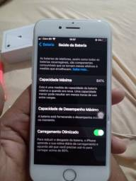 iPhone 8 64GB (única dona)