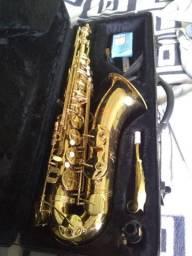 Sax tenor seminovo
