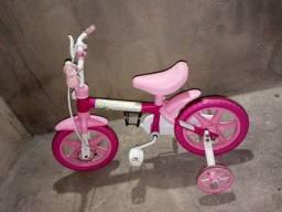 Vendo ou troco bicicleta aro 12