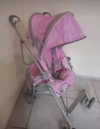 Carrinho de bebê de passeio muito conservado