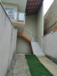 Casa em Mateus Leme do Bairro Araçás, com 02 quartos, garagem para 03 carros