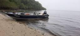 Barco motor e carretinha tudo junto