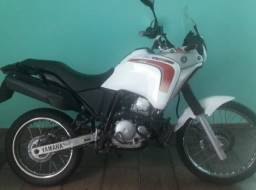 Yamaha tenere 250.