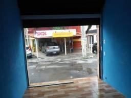Alugo loja em Itapuã