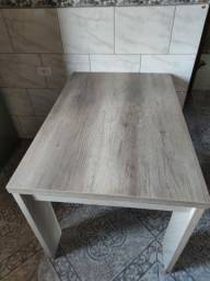 Vendo mesa semi nova