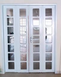 Porta de Madeira 4 partes com vidro