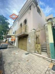 Casa no Centro - faça o sonho da casa própria se realizar - 3qrts, 2 suítes