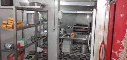 Procuro sócio para uma cozinha já montada