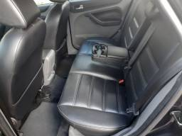 Ford Focus preto 2012/31.500,00