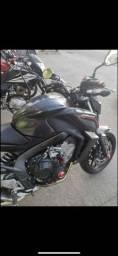 Moto cb650f 2015 11000 km R$ 34,999