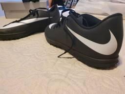 Chuteira Nike nunca usada