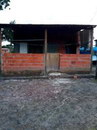 Vendo casa no km9 na comunidade Esconderijo do Altíssimo