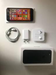 Apple iPhone 8 64GB - Seminovo Completo