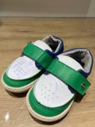 Sapato para menino em Couro
