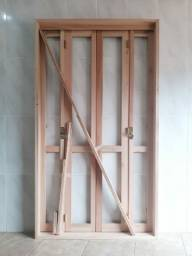 Porta sacada balcão eucalipto PANTOGRAFICO  120 X 213 por R$ 849,00