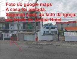 Casa na Praia do Forte, 8 min. de caminhada, a duas qds