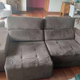 Sofa em bom estado/ medidas 2,20 x 0,95 m