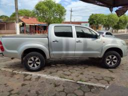 Hilux flex 4bf zeros kit  multimídia Sub atrás do banco top