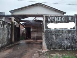 Vendo uma casa bem localizada na zona Sul de Macapá.