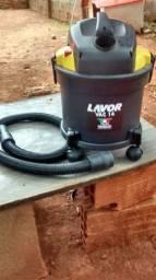 Vendo um aspirador de pó e líquido
