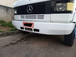 Para-choque Dianteiro Mb 709 710 712 914 Bicudinho - Ferro<br><br>