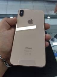 IPhone Xs Mas dourado  512 gigas aceito cartão