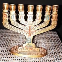 Mini candelabro de bronze de Jerusalém. 10cm x10cm.