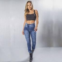 Calças e jaquetas Jeans