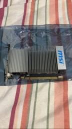 Placa de video GT 210 1gb