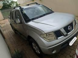 Frontier 2.5 4x4 Diesel Automática 2010 - 2010
