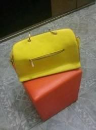Bolsa em couro amarela linda super nova !!!
