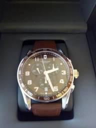 a63b6aed241 Victorinox Swiss Army Chrono Classic 241653 Chrono Classic relógio
