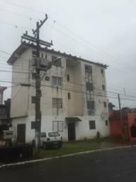 Apartamento de 1 dormitório com garagem fechada no Guajuviras
