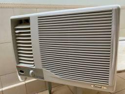 Ar condicionado semi novo