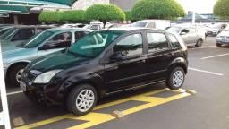 Vendo Ford Fiesta