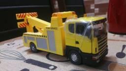 Miniatura caminhão Scania 1 43