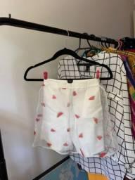Shorts estampa melancia