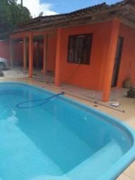 Alugo por diária casa com piscina !!!!!! NA praia de Itapoá!!!!!