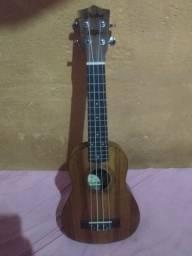Ukulele Shelby Concert (troco em violão)