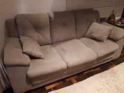 Lindo Sofá de 3 lugares