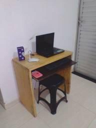 Mesa Para Computador Em Madeira Pinus