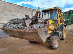 Retro escavadeira Rondon 4x4