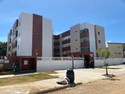 Apartamento no Portal do Sol/Quadrames com 3 quartos, sendo 1 suíte e piscina.