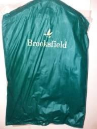 Terno Brooksfield R$ 2.900,00  Aceita cartão