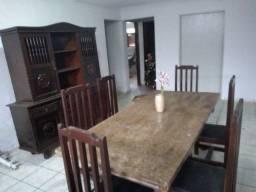 Mesa e armario