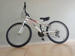 Bicicleta aro 24 com marchas