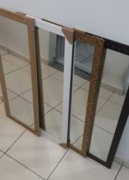 Espelho: 38x98 cm.