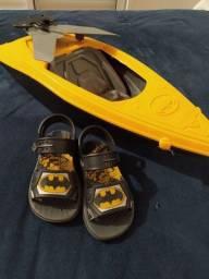 Lancha e chinelo Batman